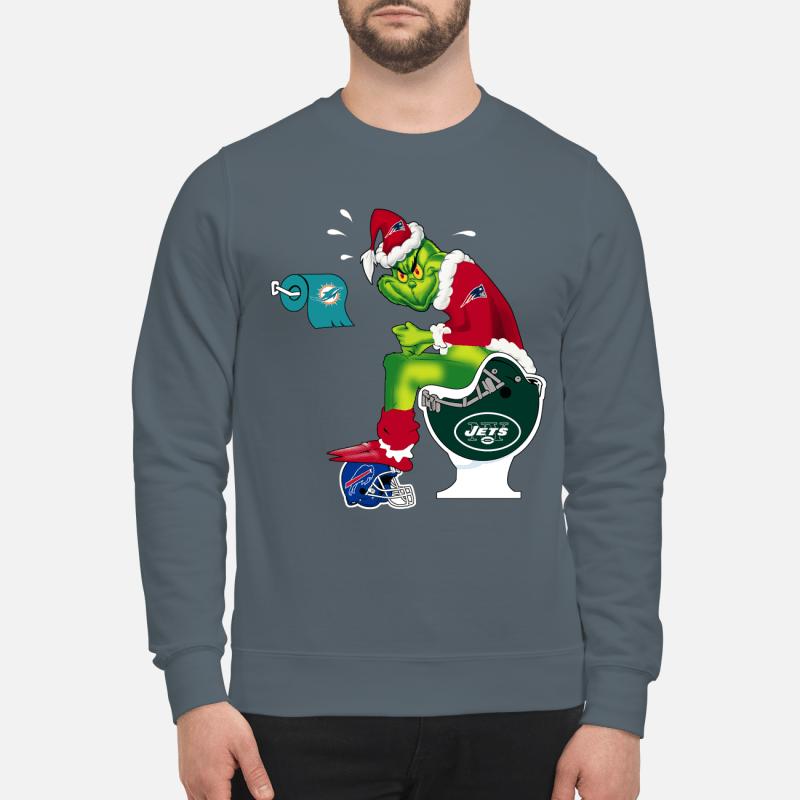 New England Patriots Grinch Santa Toilet sweartshirt