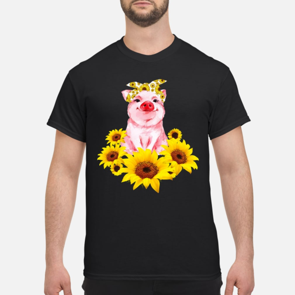 Pretty Pig with Sunflower Shirt