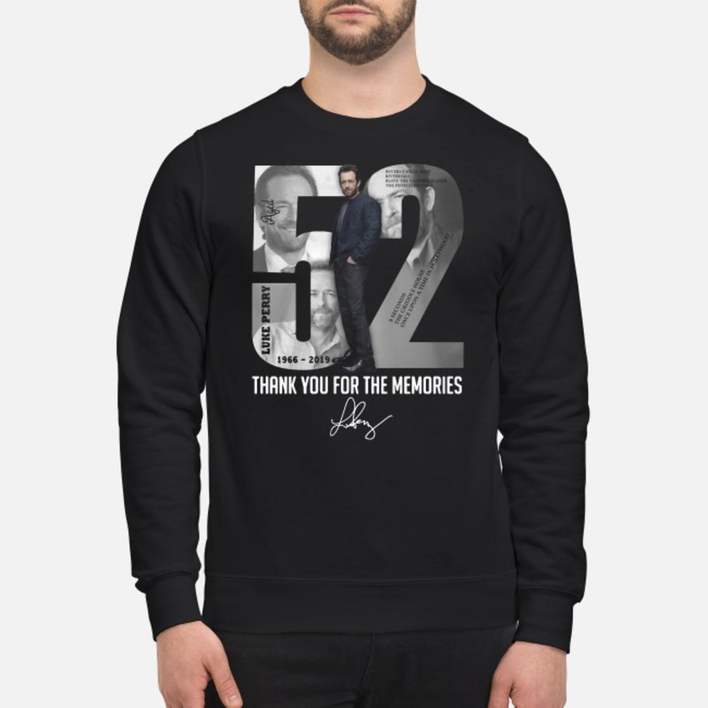 52 - Luke Perry shirt sweater