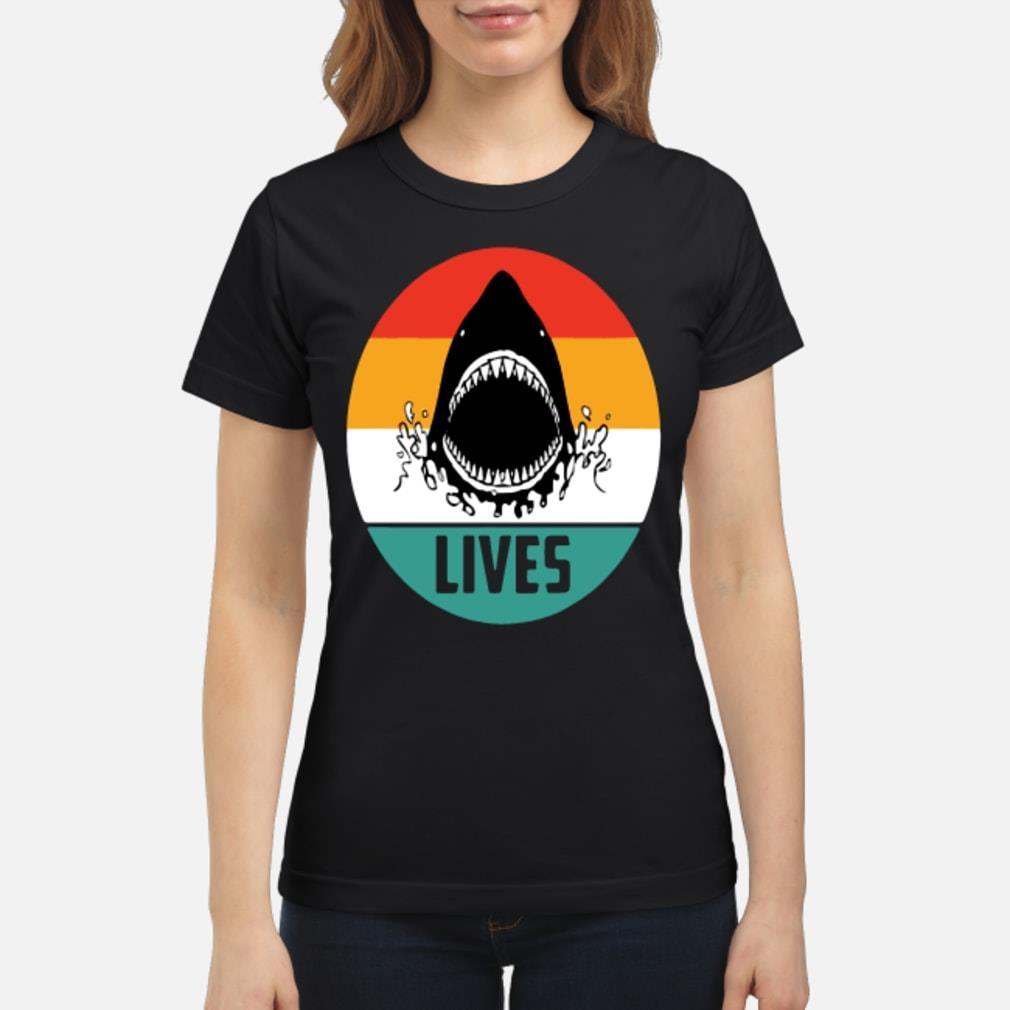 Retro shark lives vintage shirt ladies tee