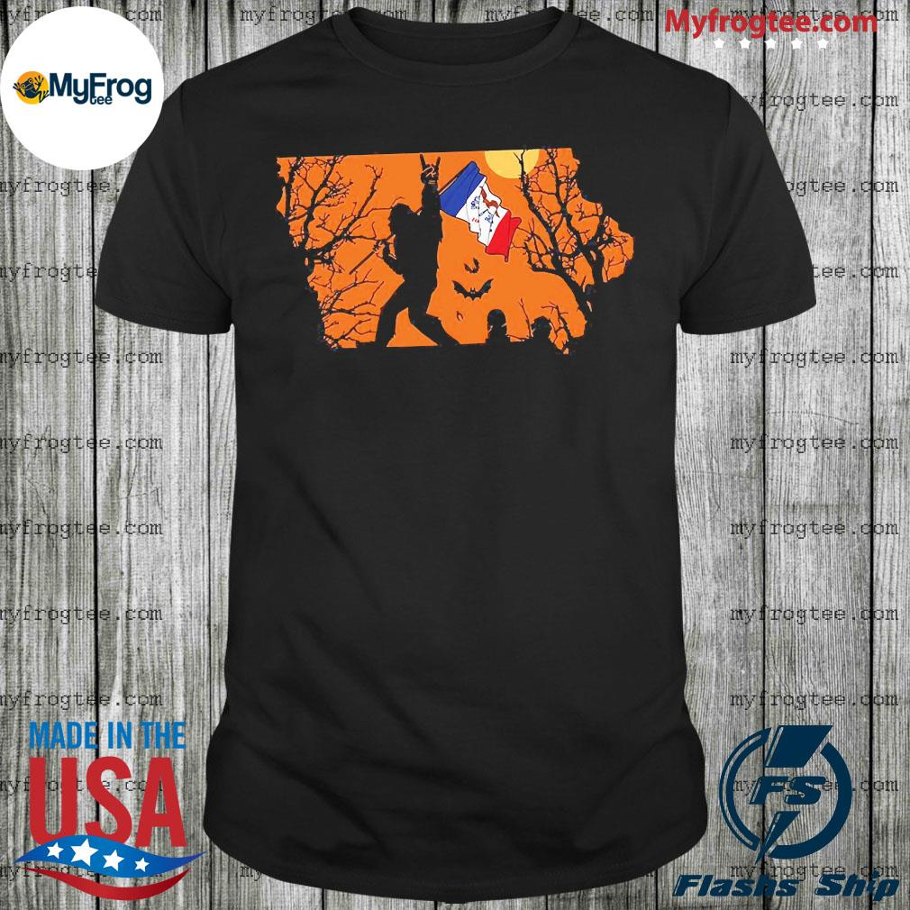Bigfoot flag Lowa Halloween shirt