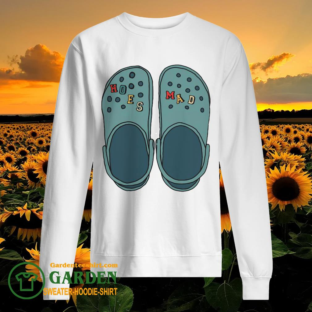 Croc Hoes Mad sweater