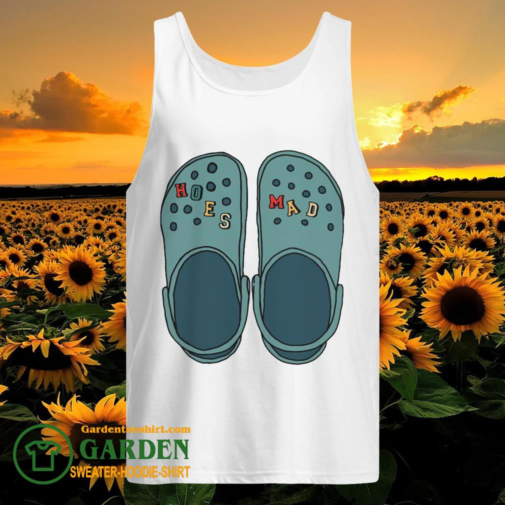 Croc Hoes Mad tank top