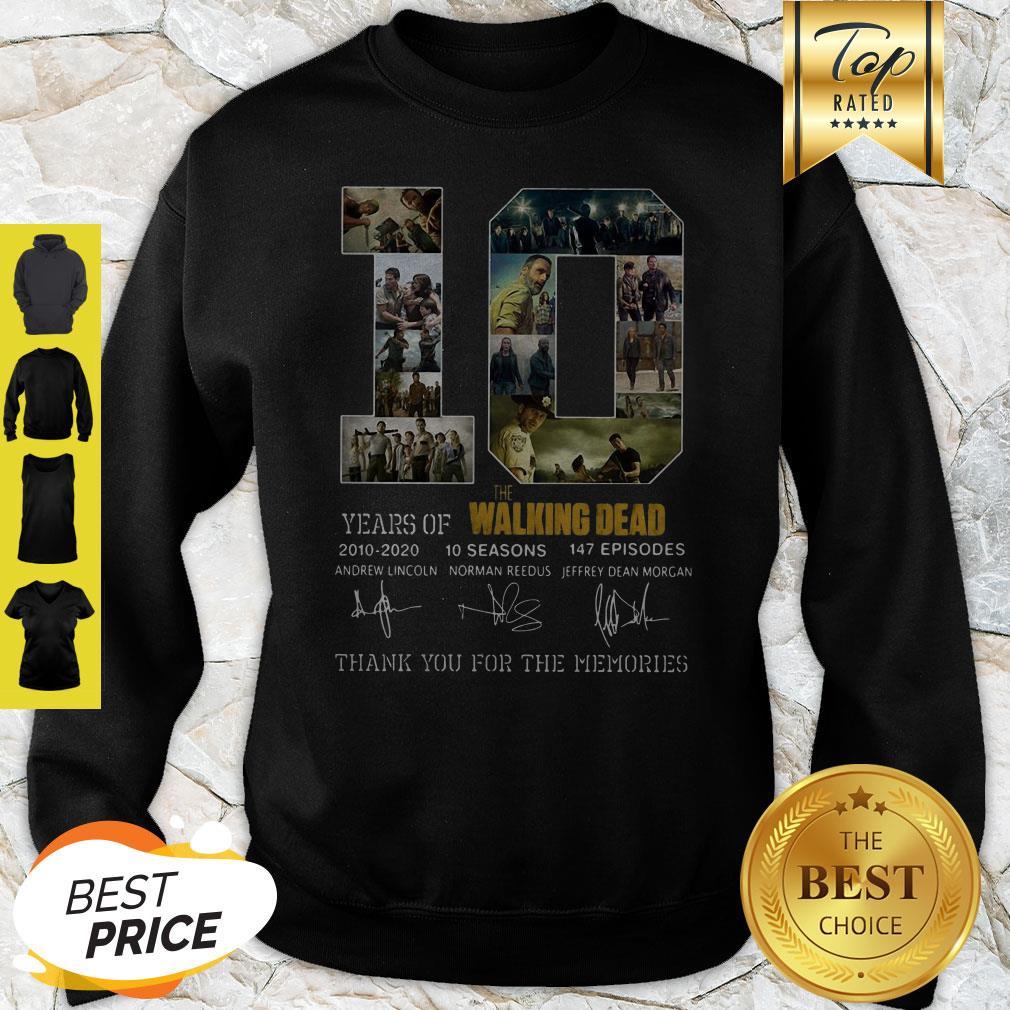 10 Years Of The Walking Dead 2010 2020 10 Seasons Signatures Sweatshirt