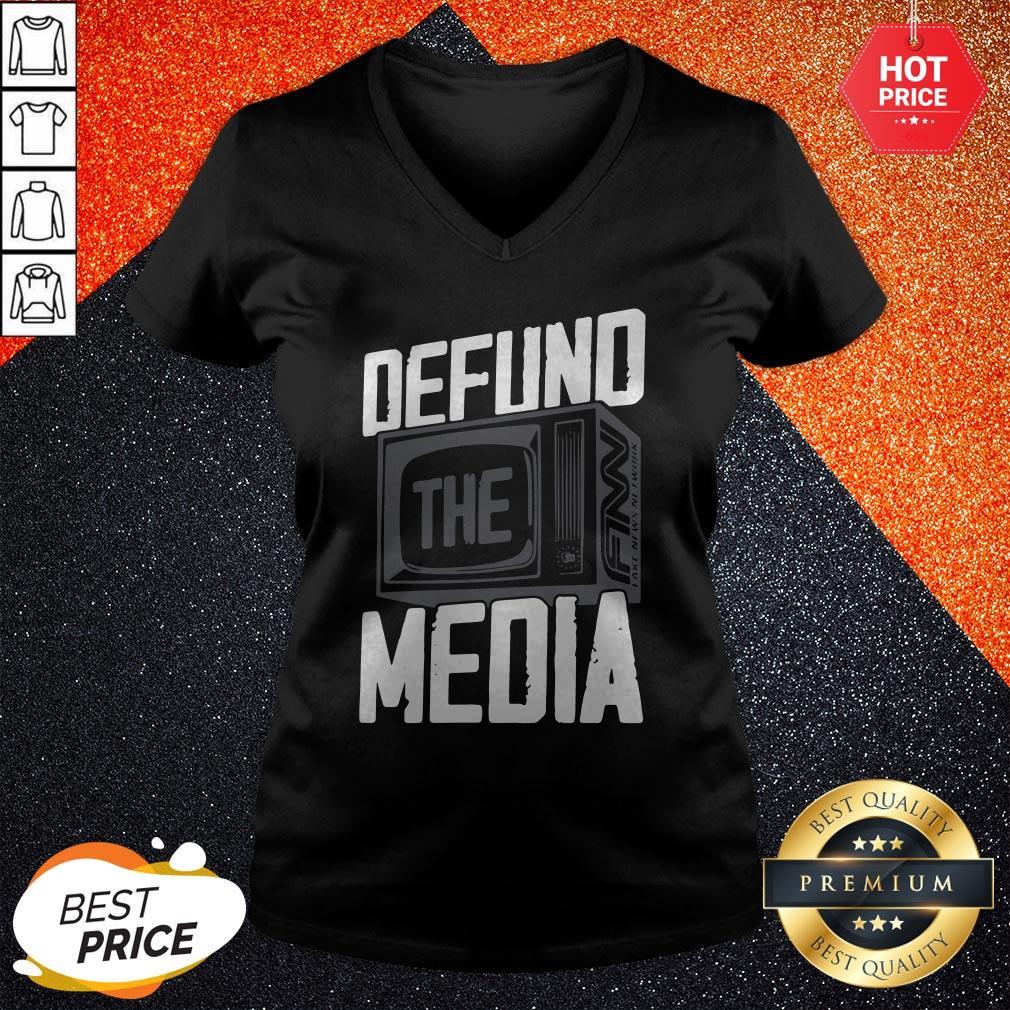 Beautiful Defund The Media V-neck