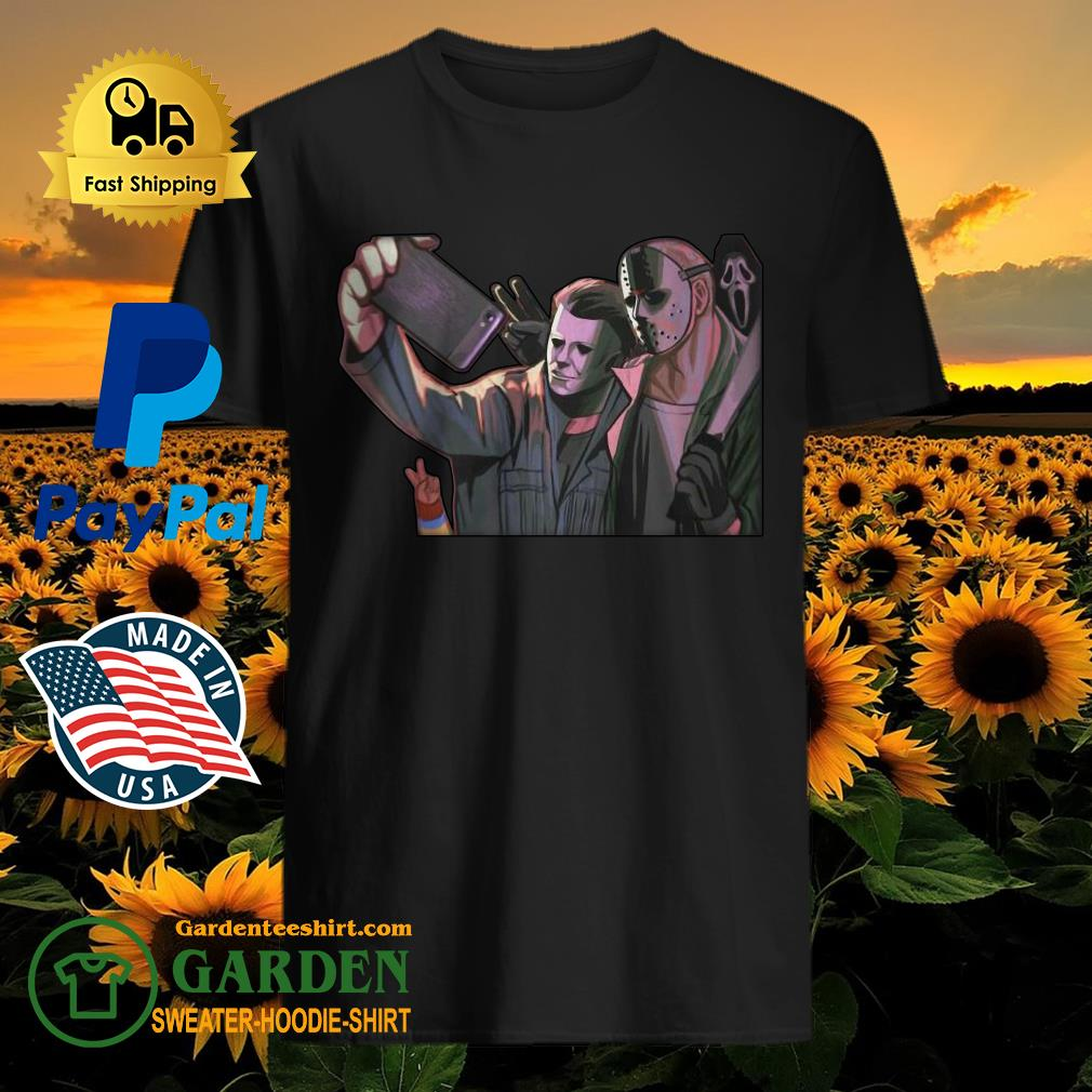 Michael Myers and Jason Voorhees take a picture shirt